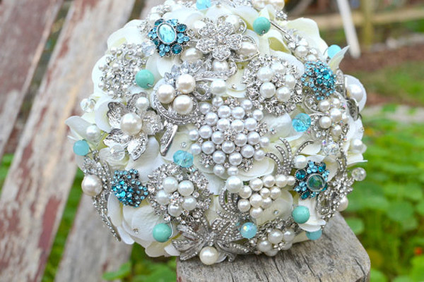 Bridal Bouquet Made Of Jewels : Beautiful wedding brooch bouquets k o jewel